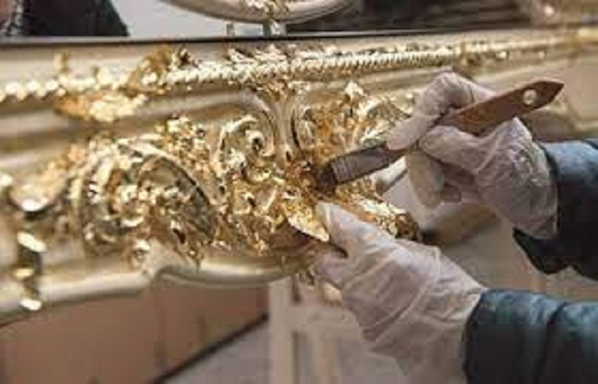 Nghề quỳ vàng bạc được làm rất công phu