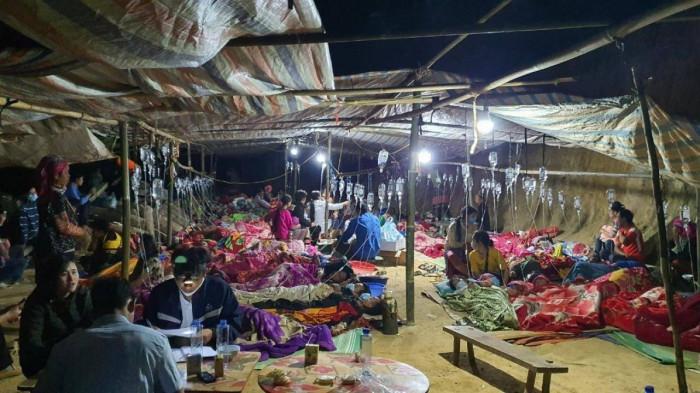 Ngành y tế tỉnh Lai Châu đang cấp cứu cho người bị ngộ độc thực phẩm