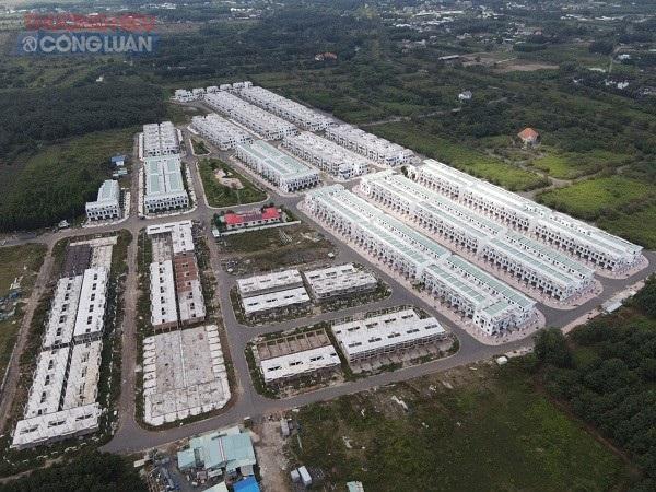 UBND tỉnh Đồng Nai đã ra quyết định xử phạt LDG 540 triệu đồng và truy thu hơn 5,7 tỷ đồng vì sai phạm trong việc xây gần 500 căn biệt thự, nhà liền kề trái phép