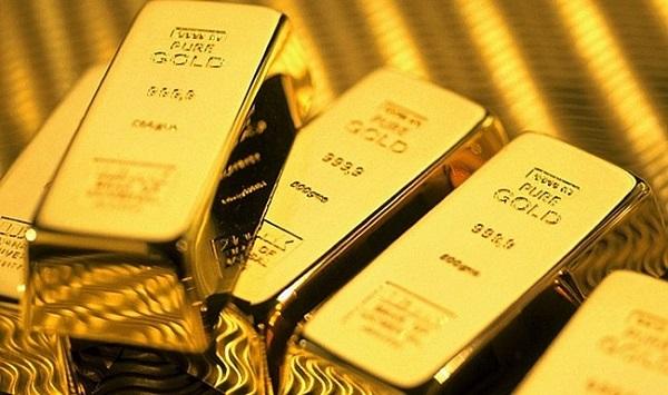 Vàng neo trên 1.700 USD/ounce