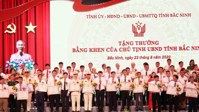 Nhiều cá nhân được nhận khen thưởng tại Đại hội thi đua yêu nước tỉnh Bắc Ninh lần thứ V, năm 2020