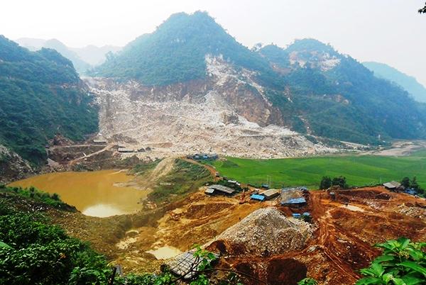 Công ty TNHH 20 Microns Việt Nam. Doanh nghiệp này hoạt động chủ yếu trong lĩnh vực khai thác chế biến khoáng sản có trụ sở tại xã Thọ Sơn (huyện Quỳ Hợp, Nghệ An)