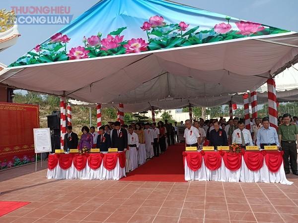 Các lãnh đạo, nguyên lãnh đạo của huyện Xuân Lộc và tỉnh Đồng Nai có mặt tại buổi lễ