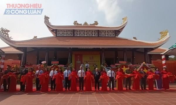 Sáng ngày 9/4/2021 tại thị trấn Gia Ray (huyện Xuân Lộc, tỉnh Đồng Nai) đã diễn ra buổi lễ khánh thành Đền thờ Liệt sỹ huyện Xuân Lộc. (Ảnh: HOÀNG DƯƠNG)