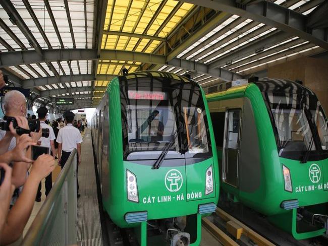 Đường sắt Cát Linh dự kiến vận hành thương mại cuối tháng 4