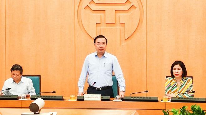 Phó chủ tịch UBND TP. Hà Nội Chử Xuân Dũng tại cuộc họp
