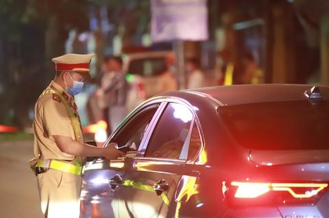 phát hiện gần 30.000 trường hợp tài xế môtô, ôtô vi phạm