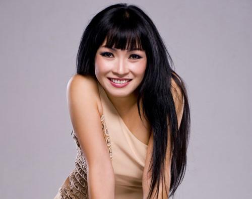Ca sĩ Phương Thanh, người con Thanh Hóa sẽ biểu diễn tại đêm Khai mạc Lễ hội du lịch biển 2021 tại Sầm Sơn