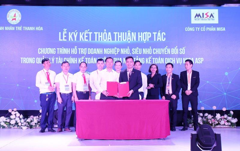 Công ty CP MISA đã ký kết gói tài trợ dịch vụ chuyển đổi số cho hơn 3.000 doanh nghiệp nhỏ và vừa trên địa bàn tỉnh Thanh Hóa