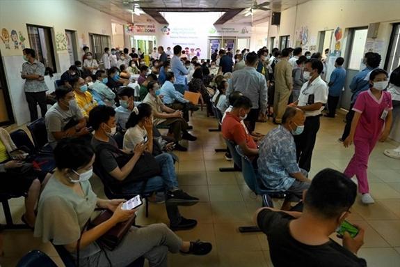 Tình hình dịch COVID-19 ở Campuchia đang diễn biến phức tạp (Ảnh: AFP)
