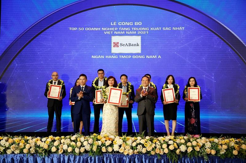 SeABank được bình chọn Top 50 doanh nghiệp tăng trưởng xuất sắc nhất Việt Nam duoc binh chon Top 50 DN tang truong xuat sac nhat VN