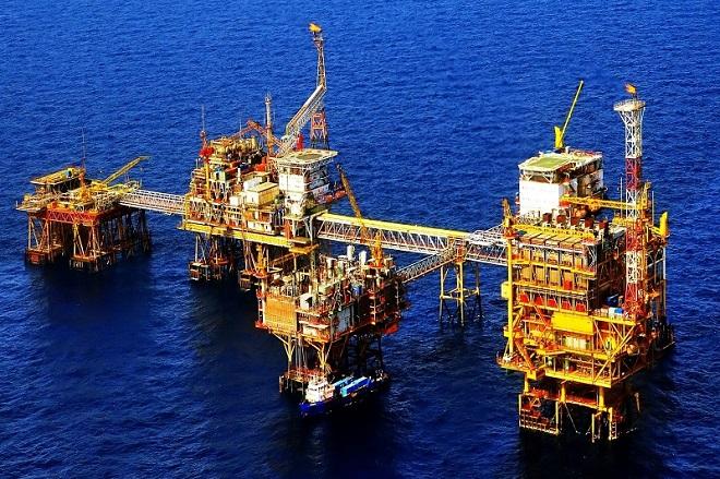 Giá xăng dầu ngày 1/5: Tiếp đà giảm hơn 2% (Ảnh minh họa)