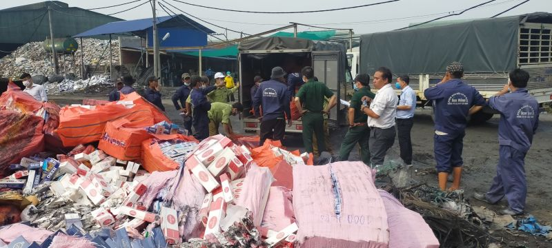 Ban Chỉ đạo chống buôn lậu, gian lận thương mại và hàng giả (BCĐ 389/TN) tỉnh Tây Ninh tổ chức tiêu hủy thuốc lá nhập lậu đợt 1 năm 2021 với số lượng 254.602 gói