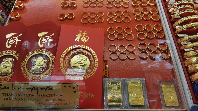 Kết thúc tháng 4, giá vàng trong nước tăng 1,2 triệu đồng/lượng