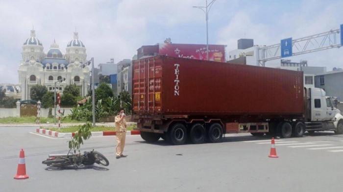 TNGT tại vòng xuyến giao nhau giữa đường Bùi Viện - Lê Hồng Phong thuộc địa bàn quận Hải An, TP Hải Phòng vào ngày 3/5