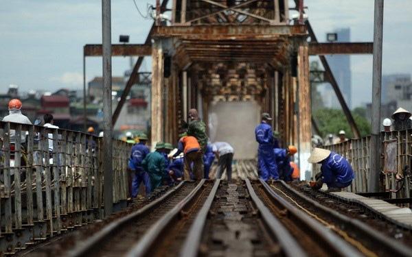 Bộ Giao thông Vận tải sẽ ưu tiên kinh phí duy tu, sửa chữa cầu Long Biên