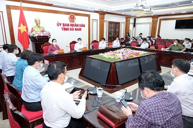 Cuộc họp về công tác phòng chống dịch COVID-19 tại UBND tỉnh Hà Nam tối ngày 29/4