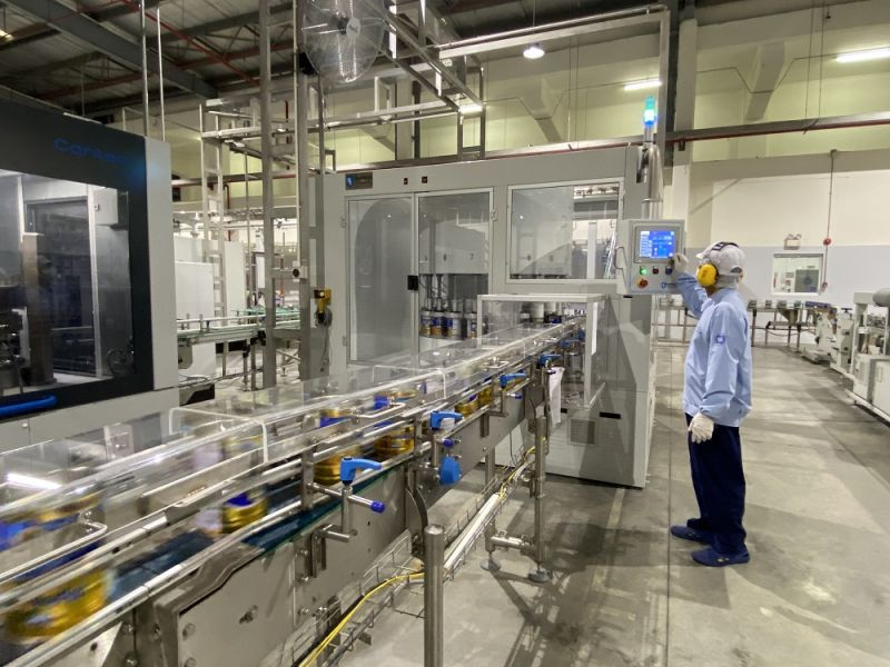 Nhà máy sữa bột Việt Nam ứng dụng công nghệ 4.0 trong sản xuất,