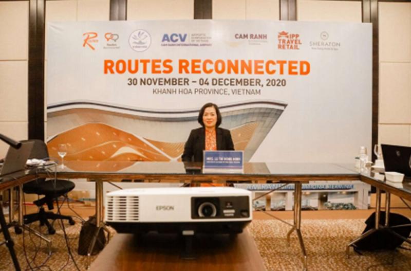 Hình ảnh tư liệu: bà Lê Thị Hồng Minh tham dự hội thảo trực tuyến Tái kết nối đường bay (Routes Reconnected) với sự tham gia của đại diện hơn 152 hãng hàng không quốc tế, 150 sân bay lớn, 40 diễn giả và 25 quan chức trong ngành du lịch.