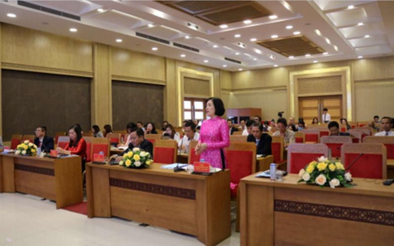 Hình ảnh tư liệu: Bà Lê Thị Hồng Minh trình bày tham luận tại Hội thảo trực tuyến xúc tiến hợp tác giữa Ấn Độ và UBND tỉnh Khánh Hòa