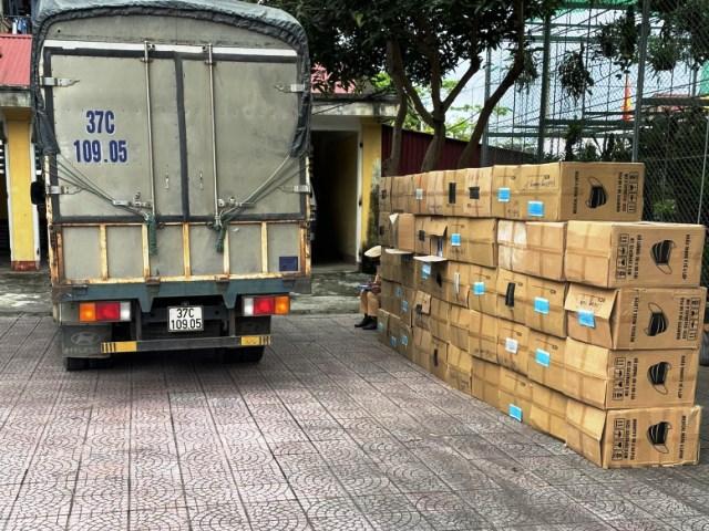 Toàn bộ lô hàng khẩu trang bị phát hiện, thu giữ