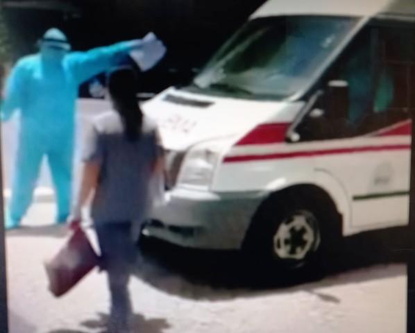 CDC Thừa Thiên Huế đưa người liên quan BN 3806 ở KS Ê m đi cách ly