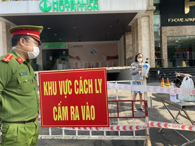 Chung cư F.home - đường Lý Thường Kiệt bị phong tỏa