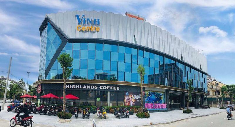 Tòa nhà Trung tâm Thương mại Vinh Centre (TP Vinh, Nghệ An) bị phạt 15 triệu đồng do không chấp hành lệnh đóng cửa phòng chống dịch Covd-19