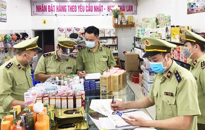 Lực lượng QLTT Lạng Sơn tăng cường kiểm tra hàng hóa (Anh minh họa)