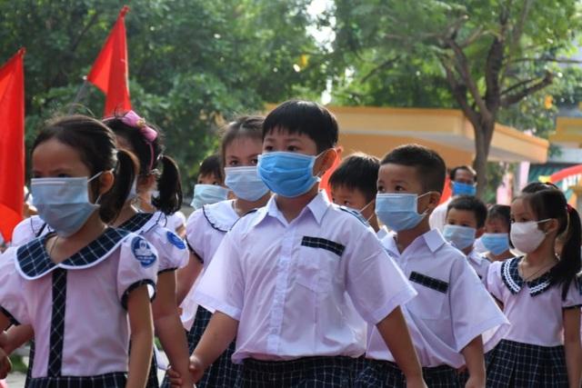 Từ ngày 12/5, học sinh Quảng Ngãi trở lại trường học