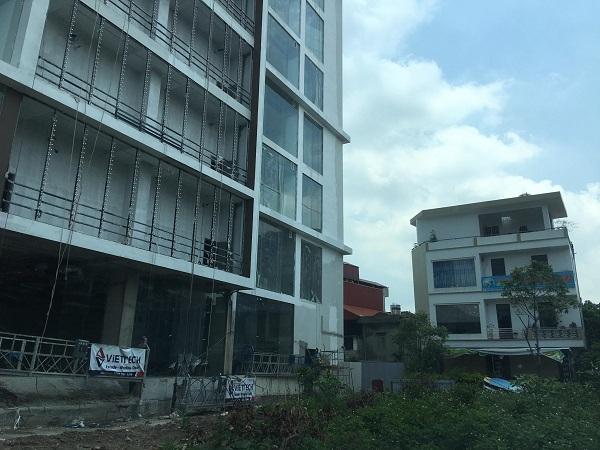 Nhiều nhà dân cạnh dự án xây dựng tòa nhà APEC bị nứt và hư hỏng