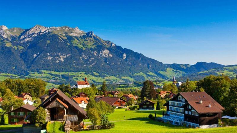Yên bình một vùng quê Thụy Sĩ 5. Hà Lan – xứ sở hoa tulip