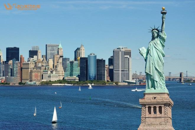 2. Tượng Nữ Thần Tự Do – (thành phố New York) - biểu tượng của nước Mỹ