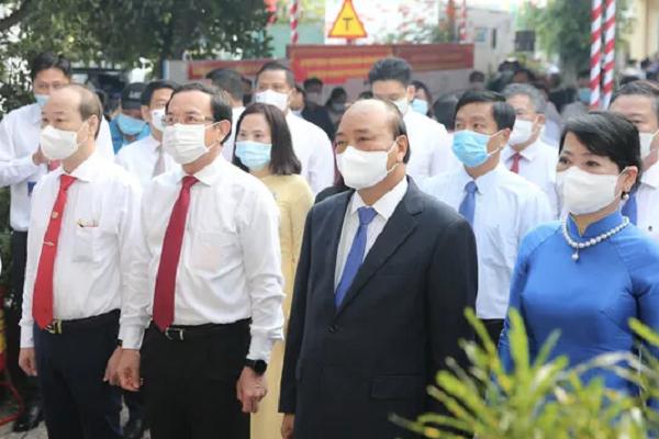 Chủ tịch nước Nguyễn Xuân Phúc, Bí thư Thành ủy TP.HCM Nguyễn Văn Nên