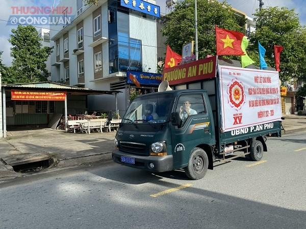 Những ngày qua, phường An Phú luôn tăng cường công tác tuyên truyền cho ngày hội toàn dân