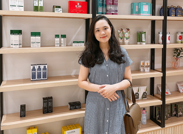 Chị Quỳnh Anh chia sẻ, việc chăm sóc khách hàng luôn là một trong những ưu tiên hàng đầu tại Aurora Castle
