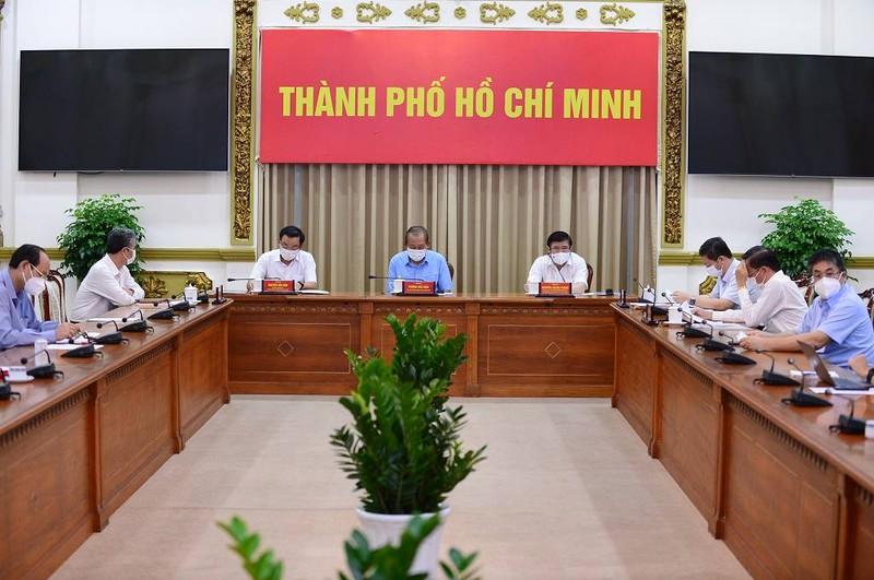 Phó Thủ tướng thường trực Trương Hòa Bình đã chủ trì cuộc họp khẩn về Covid-19 tại TP.HCM sáng nay, 30/5