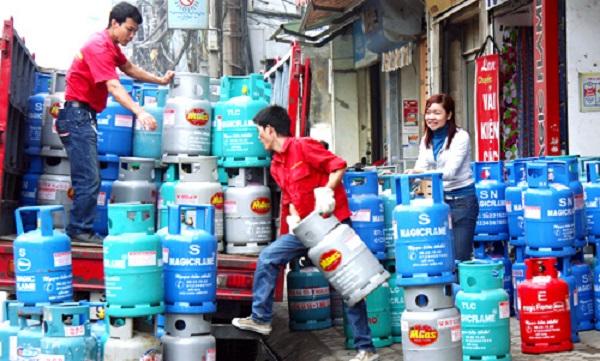 Từ 1/6, giá gas tăng 14.000 đồng/bình 12kg