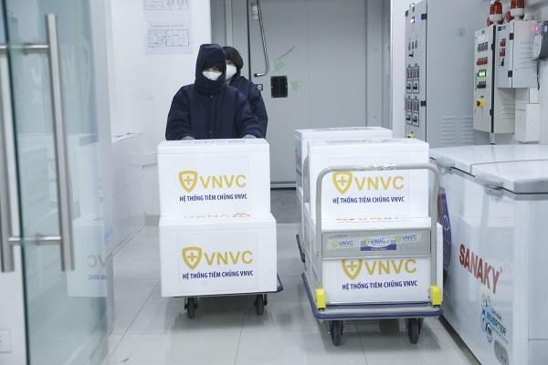 VNVC tự hào được nhận Bằng khen của Thủ tướng Chính phủ cho những đóng góp tích cực trong công tác phòng chống dịch Covid-19