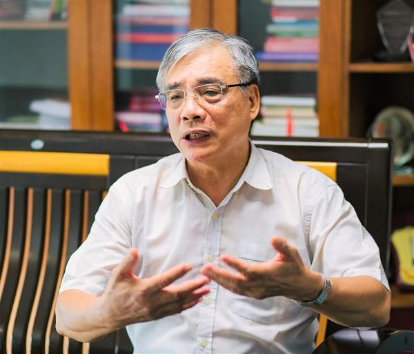 PGS. TS. Trần Đình Thiên, nguyên Viện trưởng Viện Kinh tế Việt Nam, Thành viên Tổ tư vấn Kinh tế của Thủ tướng Chính phủ