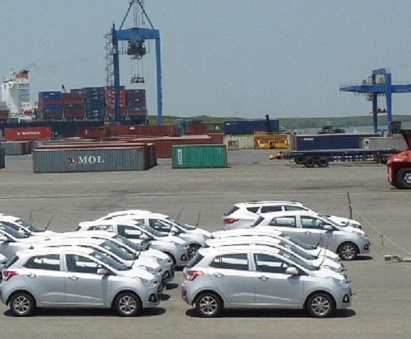 Việt Nam nhập khẩu khoảng 15.000 xe ô tô trong tháng 5/2021