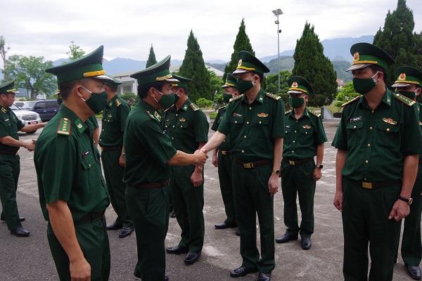 Thiếu tướng Lê Đức Thái thăm, làm việc với Bộ Chỉ huy BĐBP Lào Cai.