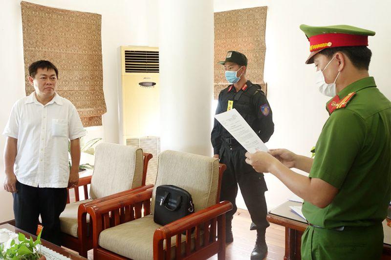 Cơ quan công an đọc lệnh bắt ông Ngô Văn Thu, Tổng Giám đốc Anvifish