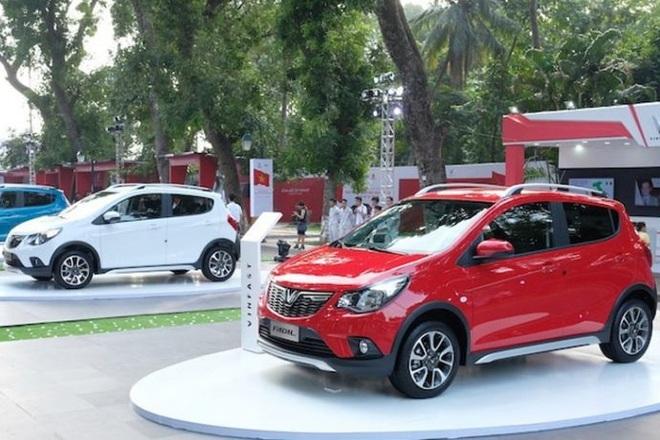 Thị trường tháng 5/2021 chứng kiến sự sụt giảm doanh số đối với hầu hết các mẫu xe. Tuy nhiên, VinFast Fadil tăng trưởng với 1.868 chiếc bán được, trở thành mẫu ô tô bán chạy nhất tháng qua.