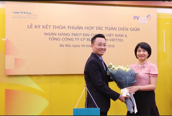 Lễ ký kết thỏa thuận hợp tác toàn diện giữa PVcomBank và Viettel Post