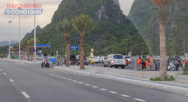 Bãi trông giữ xe theo quy hoạch nằm cuối đường Trần Quốc Nghiễn, Phường Hồng Hà, TP.Hạ Long.