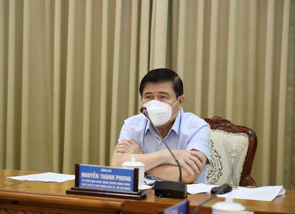 Chủ tịch UBND TP.HCM Nguyễn Thành Phong tại cuộc họp sáng 14/6