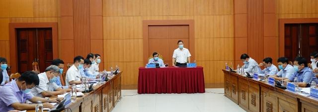 Ông Lê Trí Thanh, Chủ tịch UBND tỉnh Quảng Nam đề nghị xử lý nghiêm các trường hợp vi phạm công tác phòng, chống dịch.