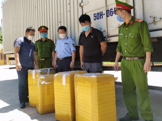 3.350 bao thuốc lá do nước ngoài sản xuất không có hóa đơn chứng từ