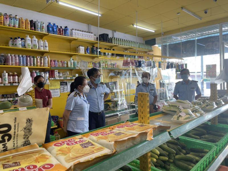 Cục QLTT TP. HCM kiểm tra hoạt động kinh doanh tại các cửa hàng Bách Hóa Xanh